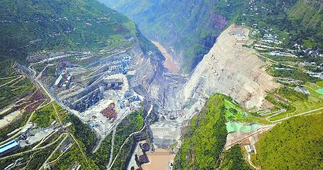 白鹤滩水电站位于四川省宁南县和云南省巧家县境内的金沙江干流下游河